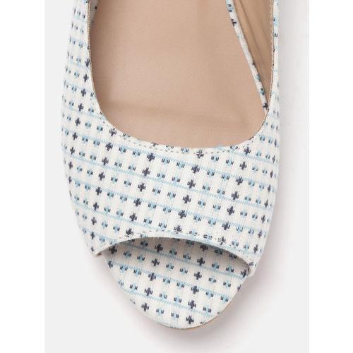 DressBerry Women Off-White & Blue Woven Design Open Toe Flats