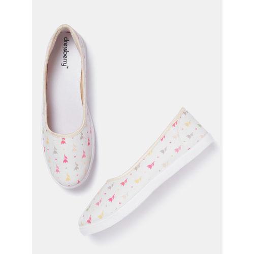 DressBerry Women Cream-Coloured Printed Slip-Ons