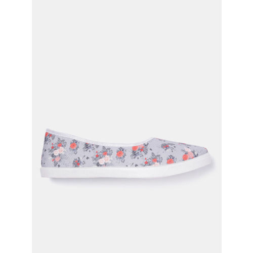 DressBerry Women Lavender Printed Slip-On Sneakers