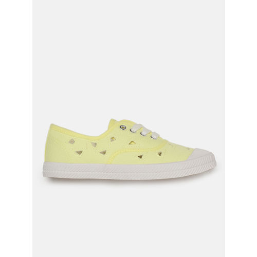 DressBerry Women Yellow Sneakers