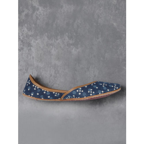 Anouk Women Blue & Off-White Printed Mojaris