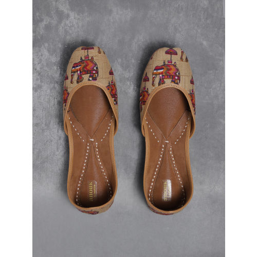Anouk Women Beige & Red Printed Mojaris