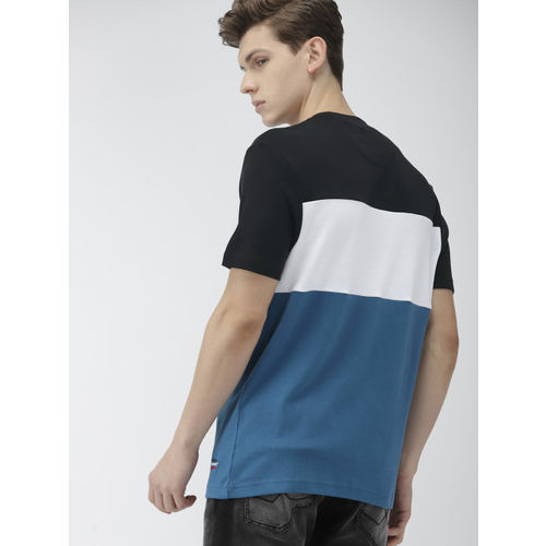Levis Men Blue & Black Colourblocked Round Neck T-shirt