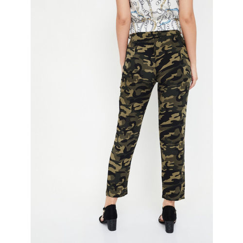 Ginger by Lifestyle Women Olive Green & Black Regular Fit Printed Regular Trousers