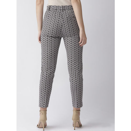 Marks & Spencer Women Black & Off-White Slim Fit Printed Regular Cropped Trousers