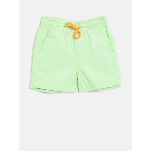 United Colors of Benetton Boys Green Solid Regular Fit Shorts