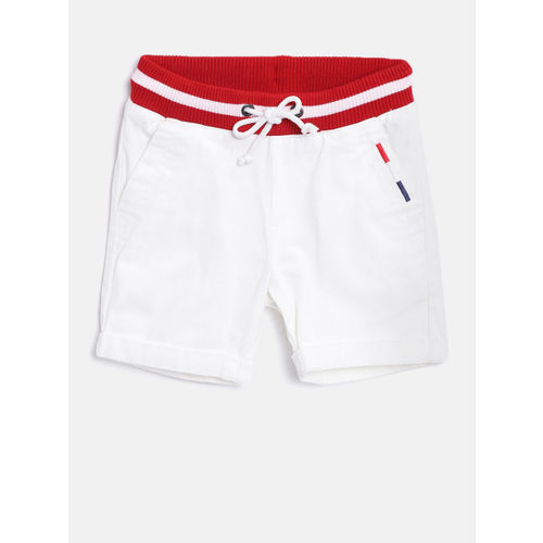 United Colors of Benetton Boys White Solid Regular Fit Shorts