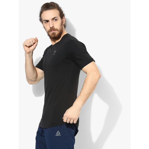 Reebok Men Black Printed Round Neck T-shirt