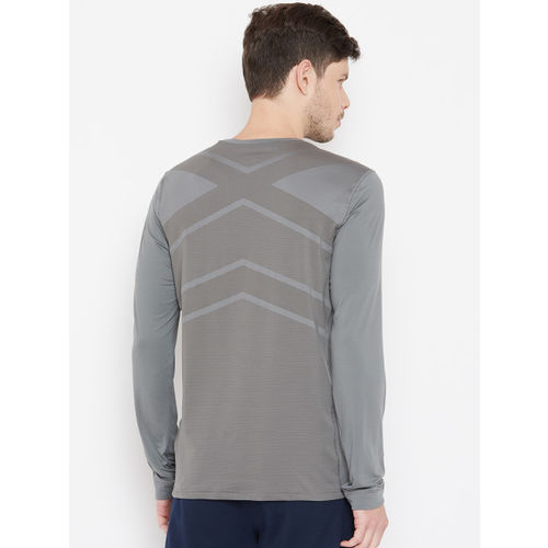 Reebok Grey Solid Slim Fit Thermowarm Vent Mixed Martial Arts T-Shirt
