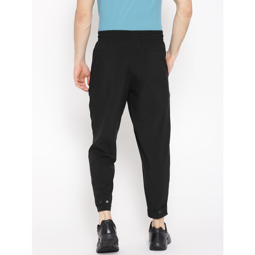 Reebok Men Black Solid Workout Woven Cropped Training Track Pants
