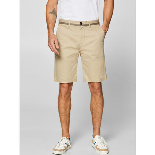 ESPRIT Men Beige Solid Relax Slim Fit Chino Shorts