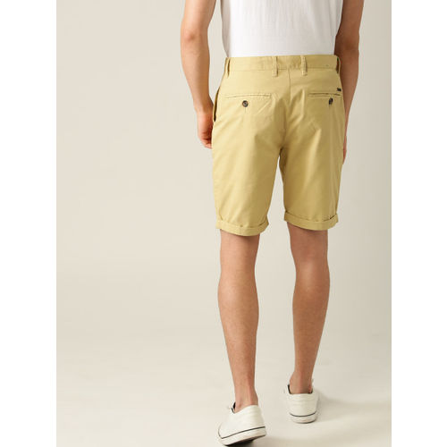 United Colors of Benetton Men Beige Solid Regular Fit Chino Shorts