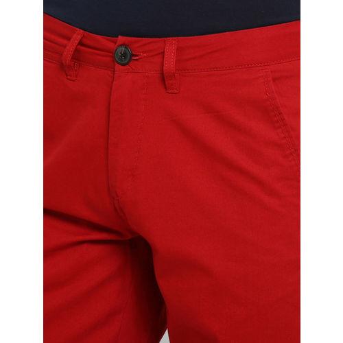 KVL Men Red Solid Regular Fit Regular Shorts