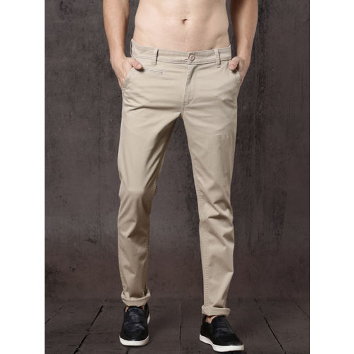 Roadster Time Travlr Men Beige Slim Fit Solid Chinos