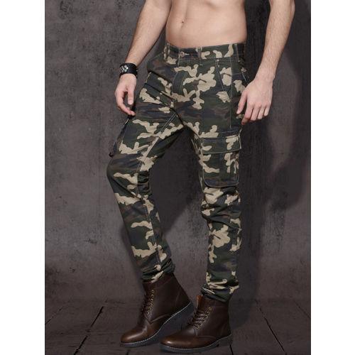 Roadster Men Olive Green & Beige Slim Fit Camouflage Print Cargos