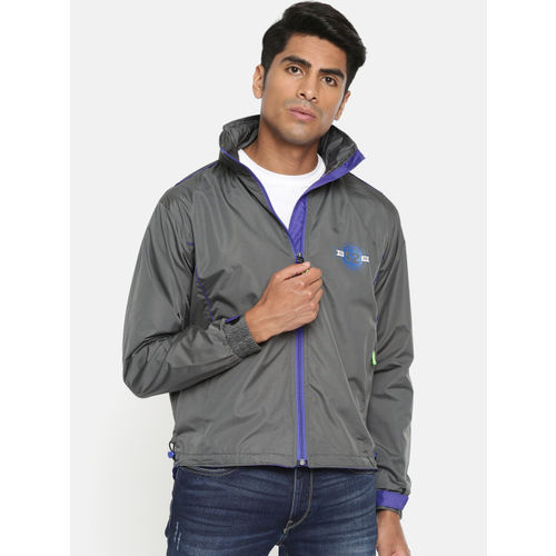 Sports52 wear Men Black & Blue Solid Rain Hooded Jacket S52W162664
