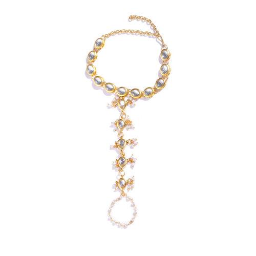 KARATCART Off-White Gold-Plated Kundan-Studded Ring Bracelet