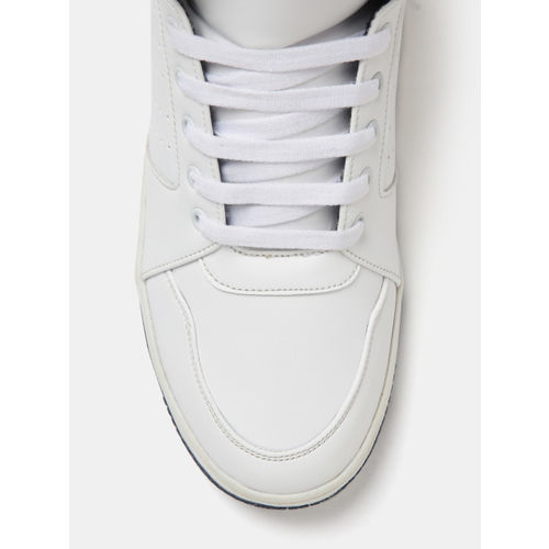 Crew STREET Men White Perforated Mid-Top Sneakers