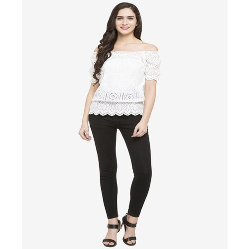 Globus White Embroidered Polyester Top