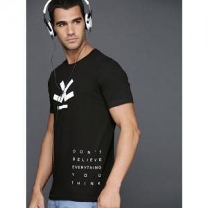 WROGN Men Black Printed Slim Fit Round Neck T-shirt