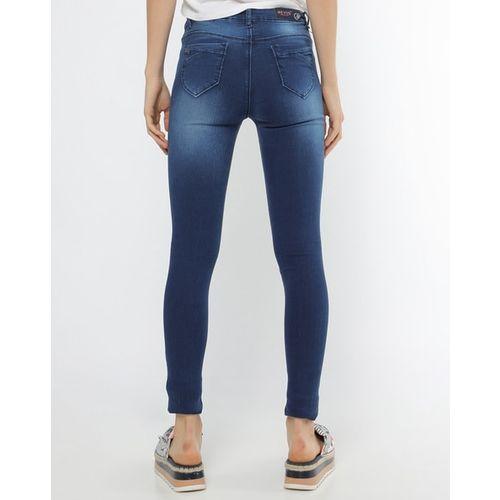 Devis Low-Rise Skinny Fit Jeans