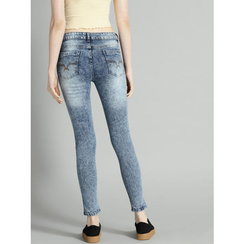 Roadster Fast and Furious Women Blue Skinny Fit Mid-Rise Mildly Distressed Stretchable Jeans