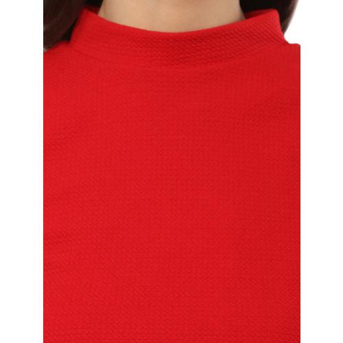 Mayra Women Red Self Design Cropped Top