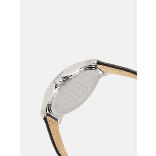 Tommy Hilfiger Women Silver-Toned Analogue Watch TH1781953W
