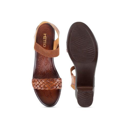 Metro Women Brown Woven Design Heels