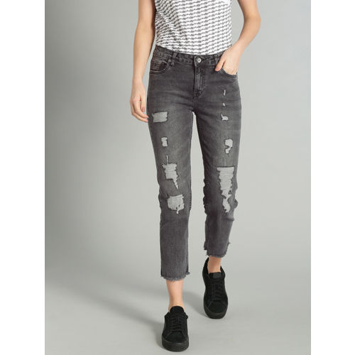 Roadster Women Black Skinny Fit Mid-Rise Mildly Distressed Stretchable Cropped Jeans