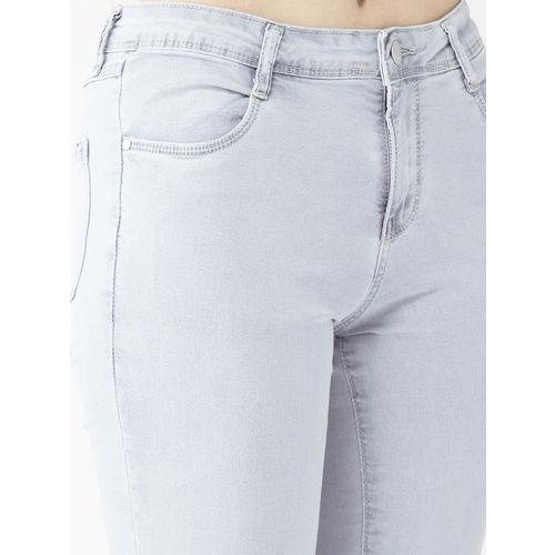 Kraus Jeans Women Blue Regular Fit Mid-Rise Clean Look Stretchable Cropped Jeans