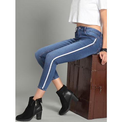 Roadster Fast and Furious Women Blue Skinny Fit Mid-Rise Stretchable Cropped Jeans