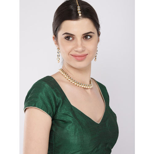 Zaveri Pearls Gold Toned Traditional Kundan & Pearls Studded Jewellery Set