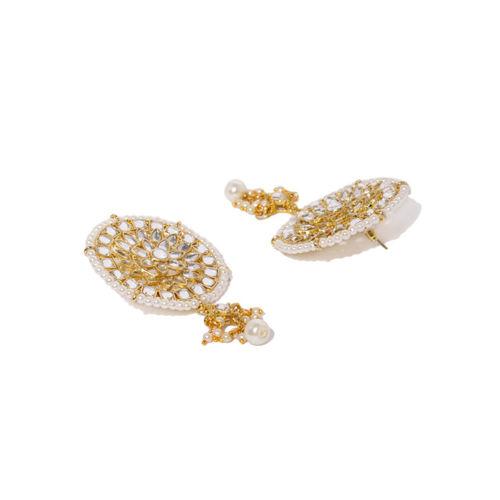 Zaveri Pearls Gold-Toned & White Kundan & Pearls Jewellery Set