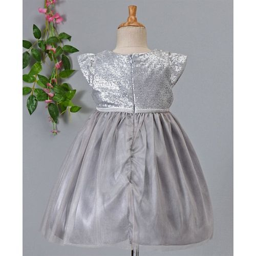 Amigo 7 Seven Sequined Cap Sleeves Dress - Silver