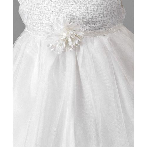 Amigo 7 Seven Sequined Cap Sleeves Dress - White