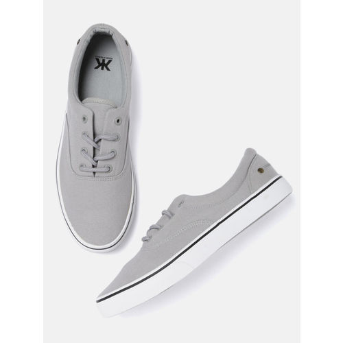 Kook N Keech Men Grey Sneakers
