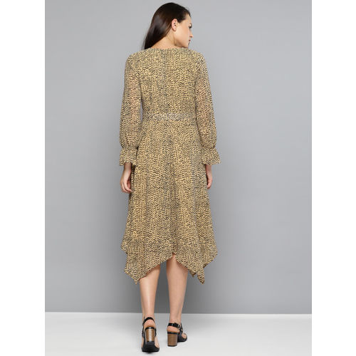 Chemistry Women Beige & Black Printed Fit and Flare Dress