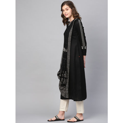 W Women Black & Off-White Solid Kurta with Attached Pallu