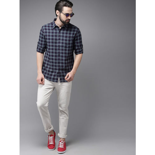 HERE&NOW Men Grey & Navy Blue Slim Fit Checked Casual Shirt