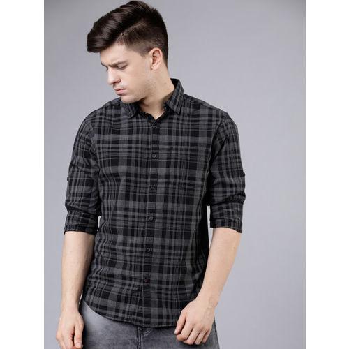 LOCOMOTIVE Men Black & Grey Slim Fit Checked Casual Shirt