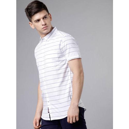 LOCOMOTIVE Men White & Blue Slim Fit Striped Casual Shirt