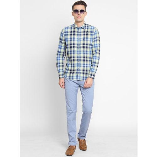 Crimsoune Club Men Blue & Off-White Slim Fit Checked Casual Shirt