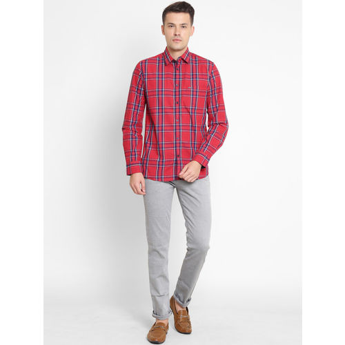 Crimsoune Club Men Red & Red Slim Fit Checked Casual Shirt