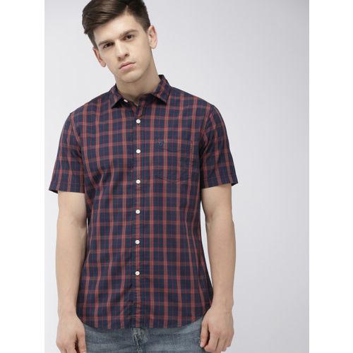 Denizen From Levis Men Navy Blue & Red Regular Fit Checked Casual Shirt
