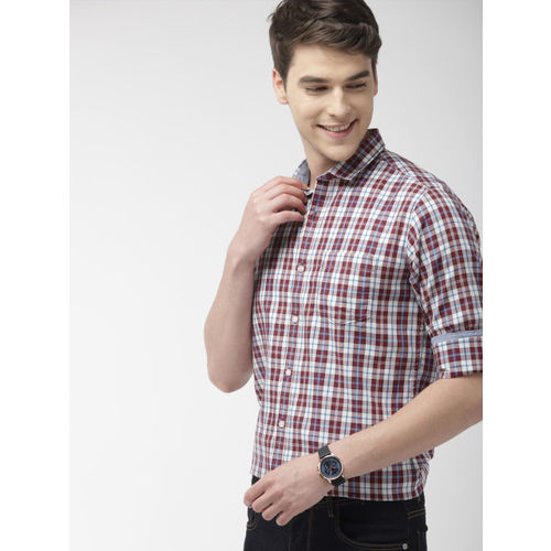 Mast & Harbour Men Off-White & Red Regular Fit Checked Casual Shirt