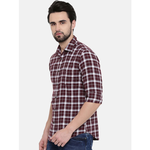 IMYOUNG Men Maroon & White Slim Fit Checked Casual Shirt