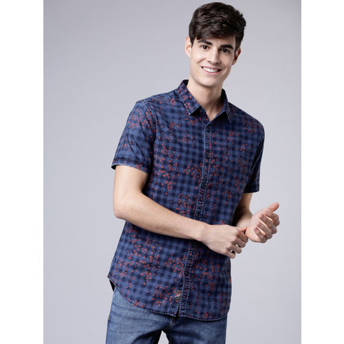LOCOMOTIVE Men Blue & Red Slim Fit Checked Casual Shirt