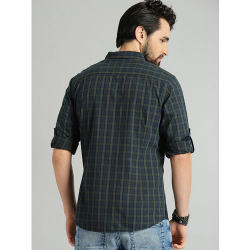 Roadster Men Olive Green & Navy Blue Regular Fit Checked Casual Shirt