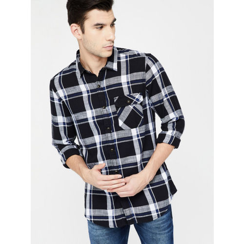 Forca Men Black & White Slim Fit Checked Casual Shirt